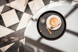 Po kávě